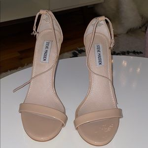 Steve Madden nude heel only worn once